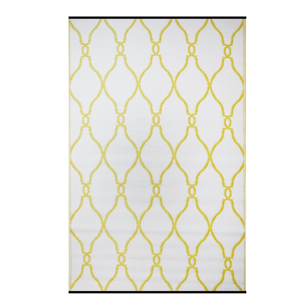 Premier Home Hand-Woven White/Yellow Indoor/Outdoor Area Rug by Fox Hill Trading