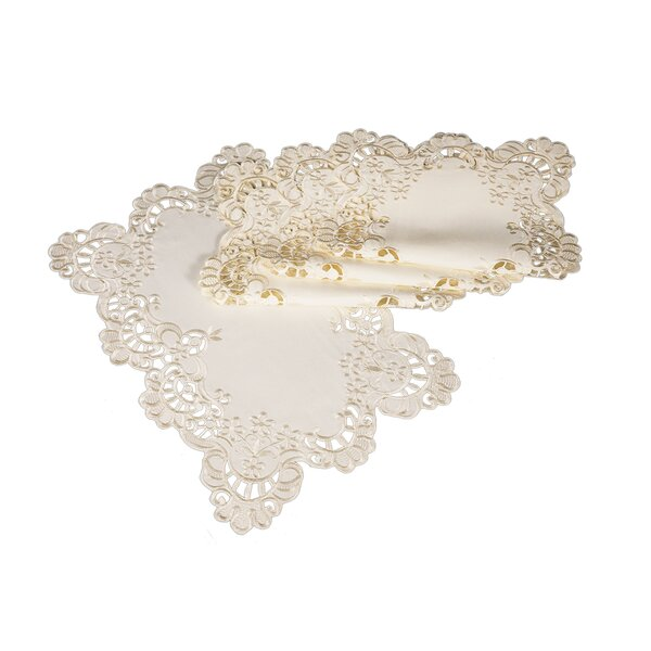 Bruna Scalloped Lace Embroidered Cutwork Placemat (Set of 4) by One Allium Way