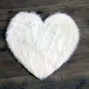 Read Reviews Heart Faux Fur White Area Rug By Kroma Carpets