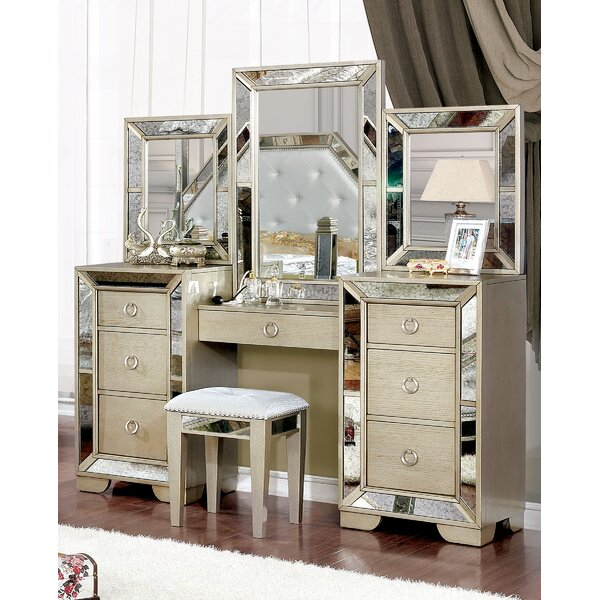 Shakira Vanity Set with Mirror by Rosdorf Park