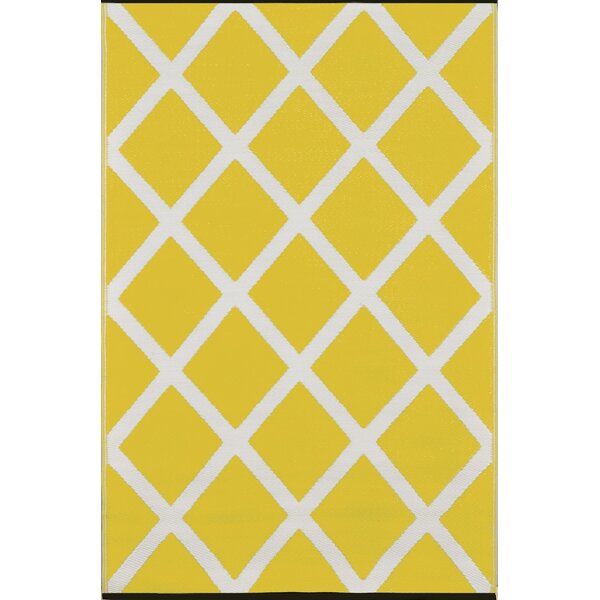 Lightweight Reversible Mimosa/Cream Indoor/Outdoor Area Rug by Wildon Home ®