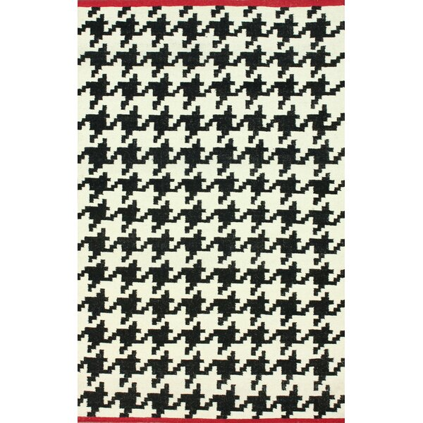 Moderna Houndstooth Hand-Flat Woven Black Area Rug by nuLOOM