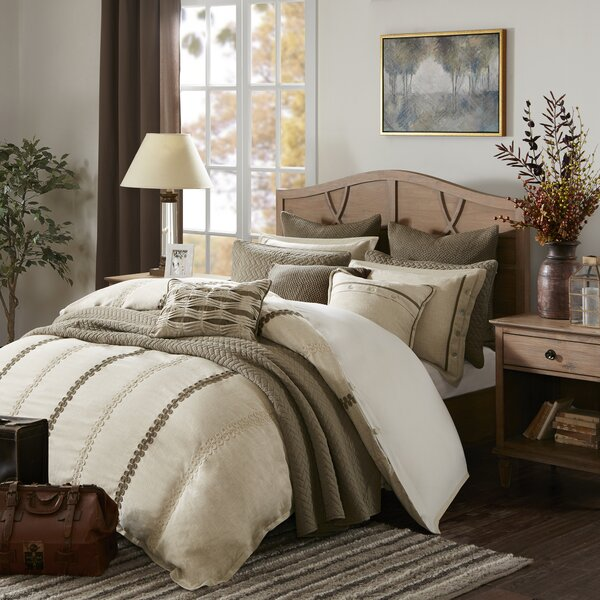 Chateau Reversible  Comforter Set