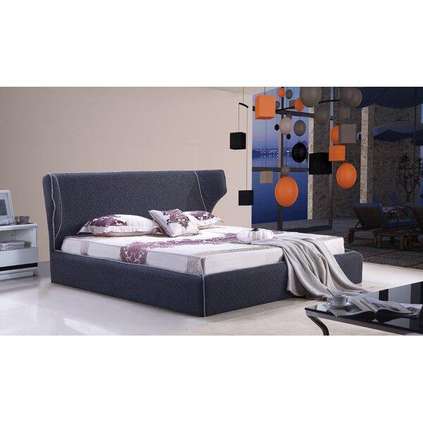 Delapena Upholstered Platform Bed by Brayden Studio