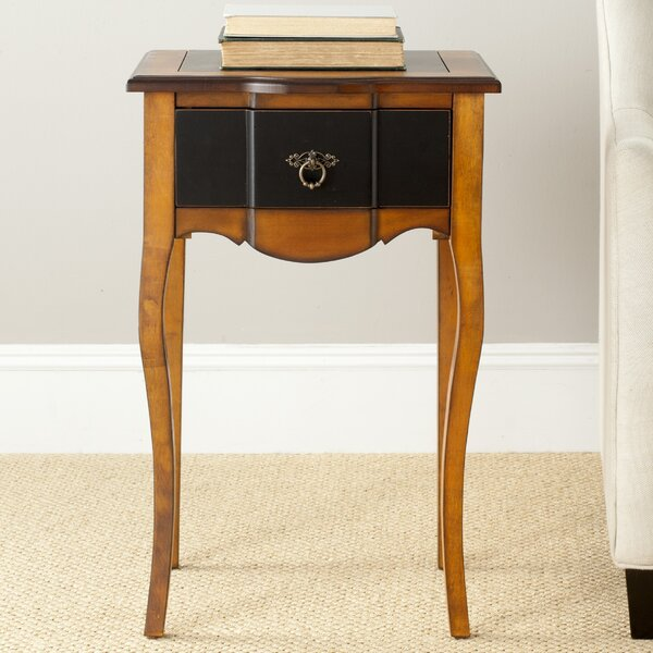 Sologna End Table by Safavieh