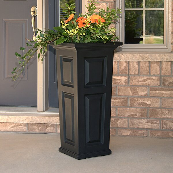 Nantucket Self-Watering Plastic Pot Planter by Mayne Inc.