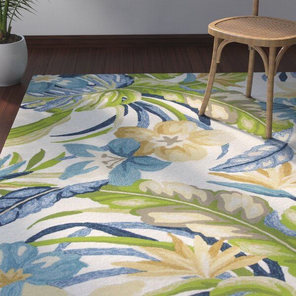 Malvern Tropics Hooked Ivory Indoor/Outdoor Area Rug by Bay Isle Home