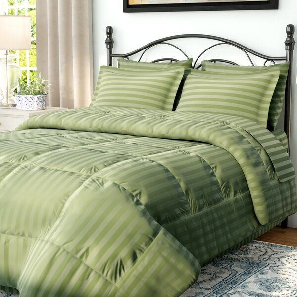 Stroble Reversible Comforter Set by Andover Mills