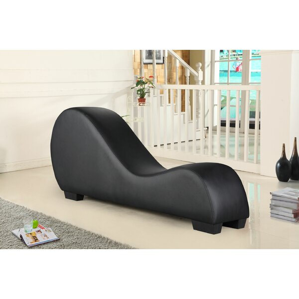 Review Appel Chaise Lounge