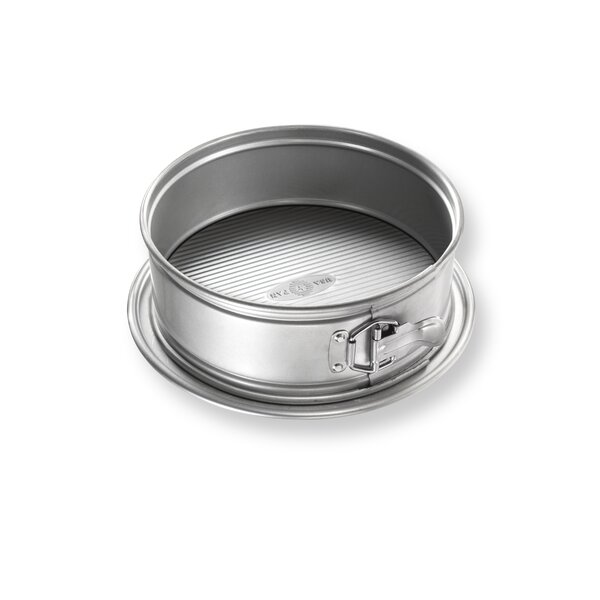 Non-Stick Round Springform Pan by USA Pan