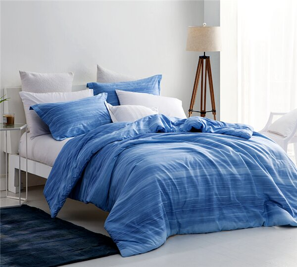 Bath Ombre Comforter by Bungalow Rose
