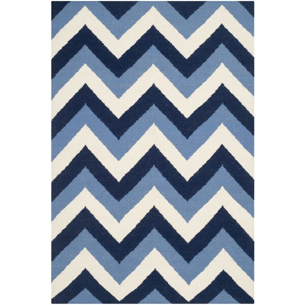 Dhurries Hand-Woven Navy/Light Blue Area Rug by Safavieh
