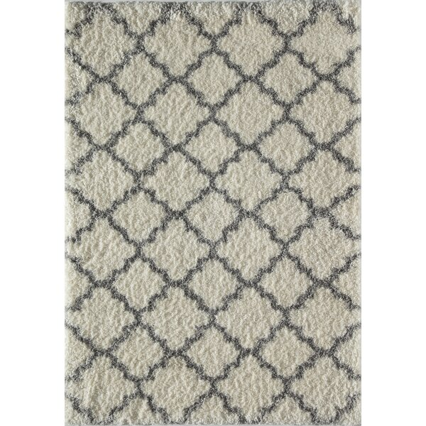 Aria Quatrefoil Ivory/Gray Area Rug by Rugs America