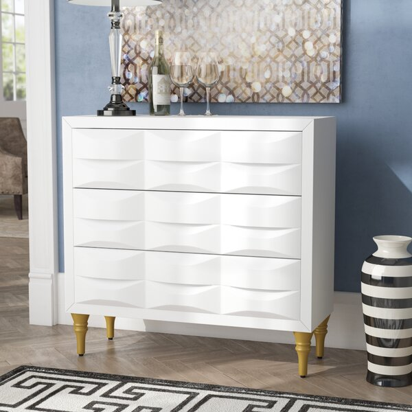 Hadassah 3 Drawer Accent Chest by Everly Quinn Everly Quinn