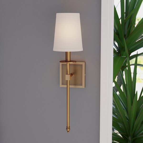 Tyrone 1-Light Wallchiere by Langley Street