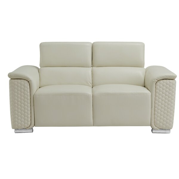 Review Mtamore Loveseat