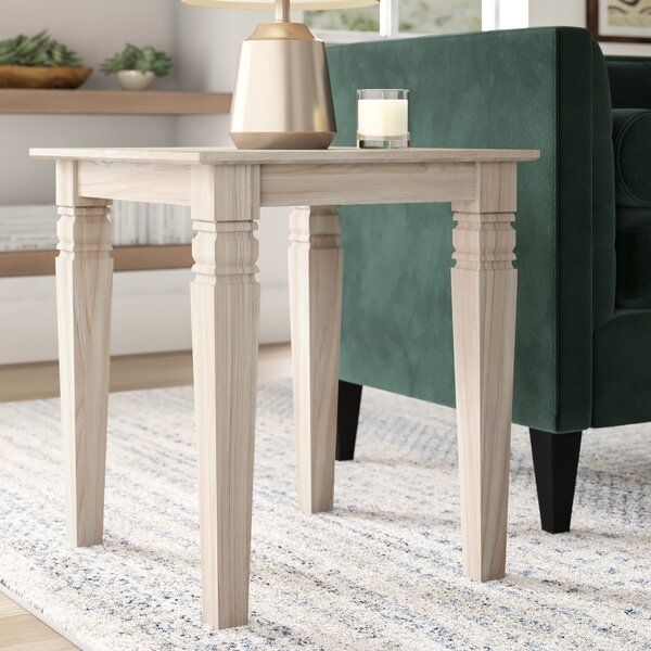 Review Lynn Pillar End Table
