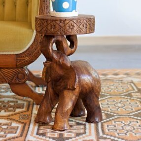 Ivy Elephant Chang End Table by World Menagerie