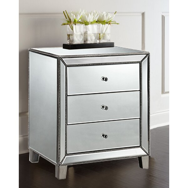 Monahan Beaded 3 Drawer Nightstand by House of Hampton