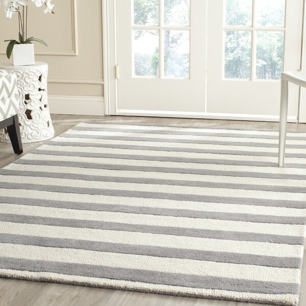 Leighton Hand-Tufted Gray/Ivory Area Rug by Beachcrest Home