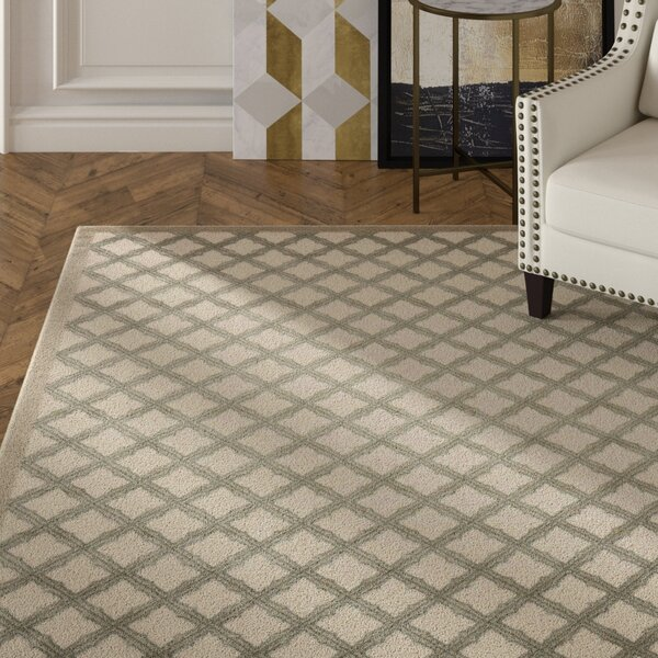 Hartz Ivory/Green Area Rug by House of Hampton