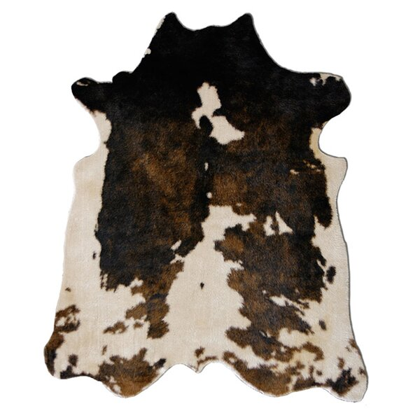Binx Faux Cowhide Beige/Brown Area Rug by Laurel Foundry Modern Farmhouse