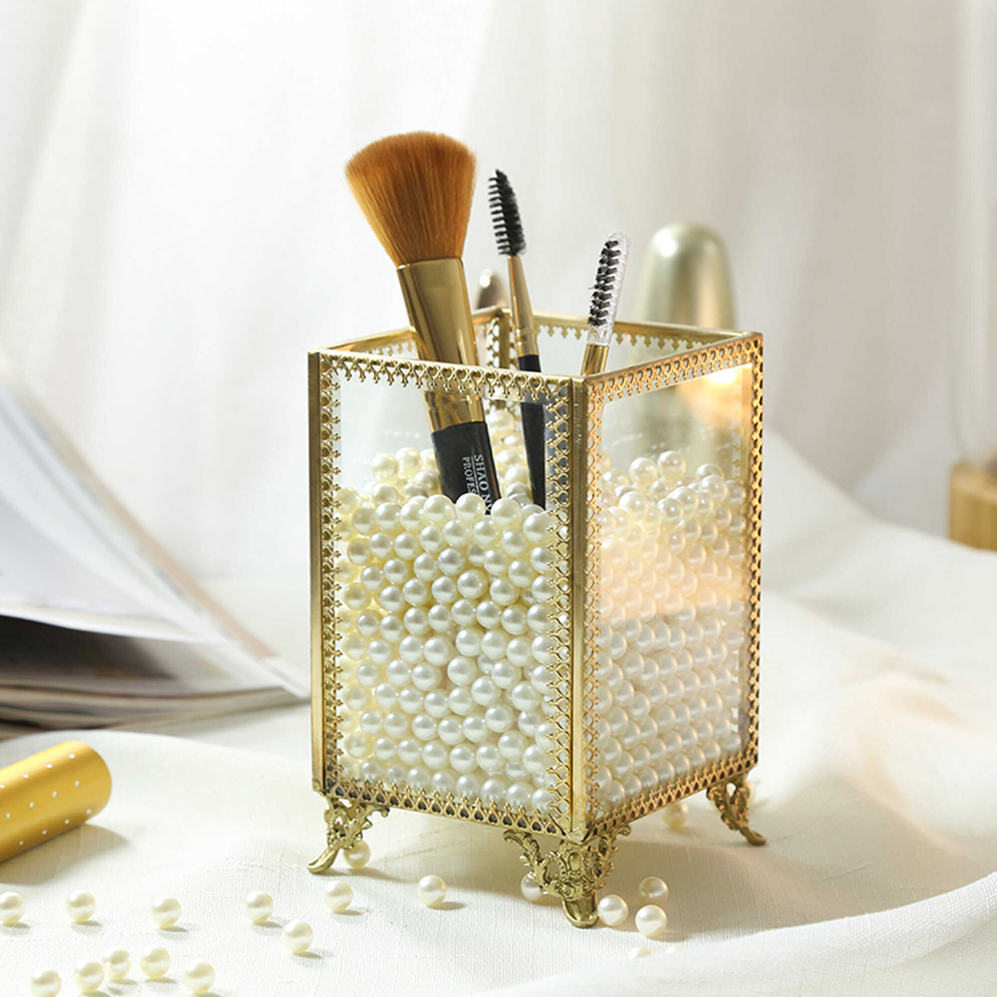 Condon Glass and Pearls Brush Holder Cosmetic Organizer