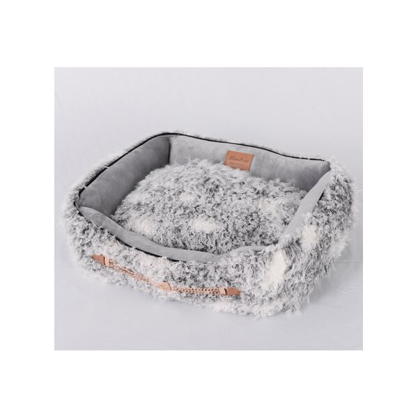 Faux Lamb Fur Luxury Dog Bed by Lindsey Home Fashion