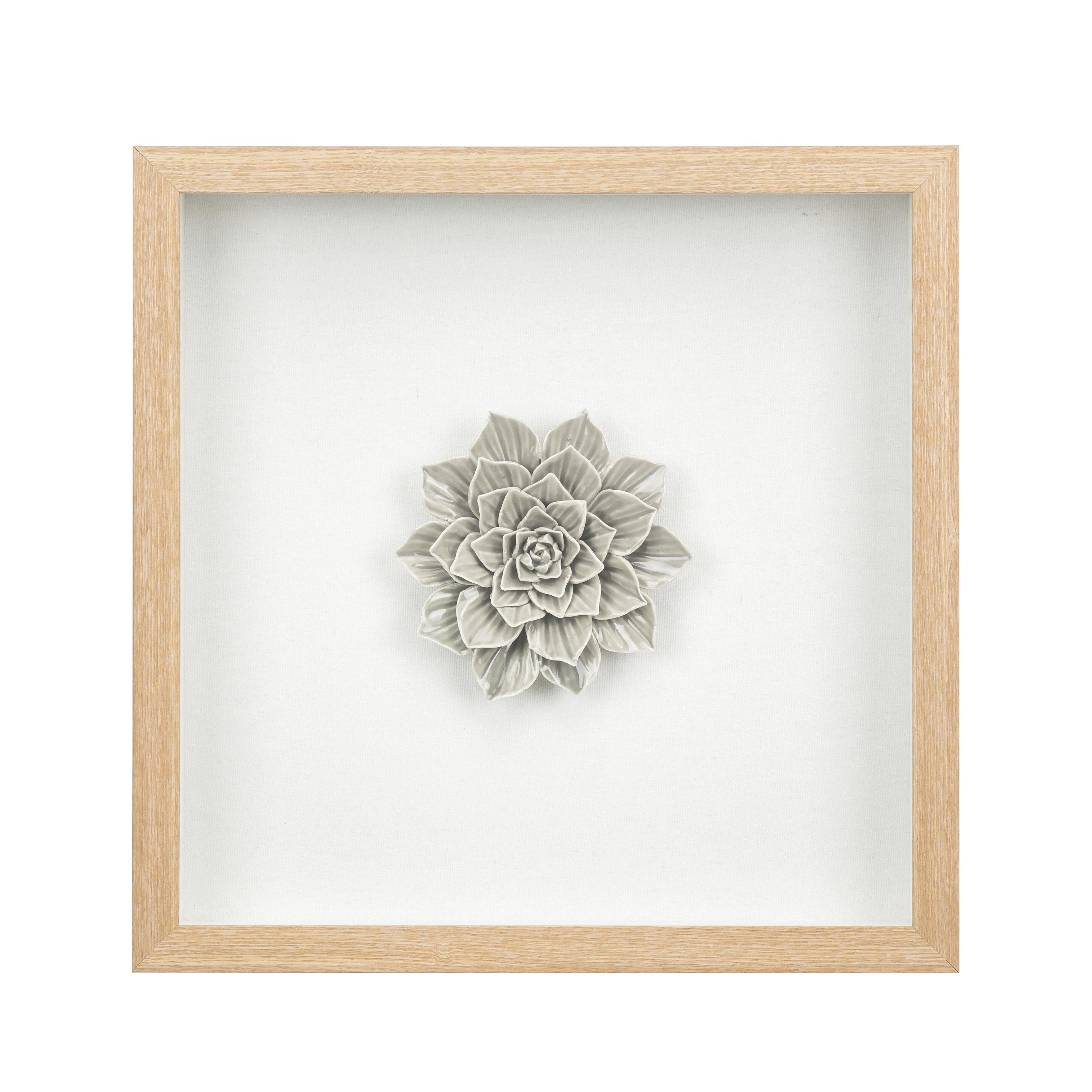 Ceramic Flower Wall Décor