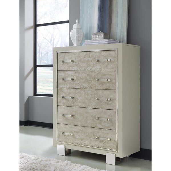 Newquay 5 Drawers Chest by Everly Quinn