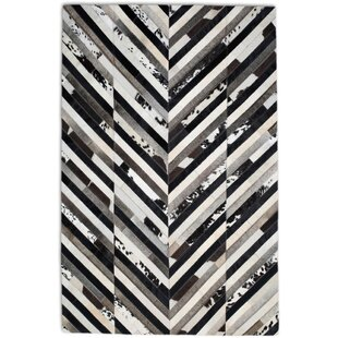 Best Reviews Black/White Area Rug By Modern Rugs