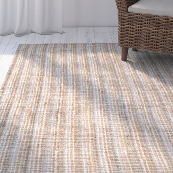 Richmond Hand-Woven Gray/Natural Area Rug by Beachcrest Home