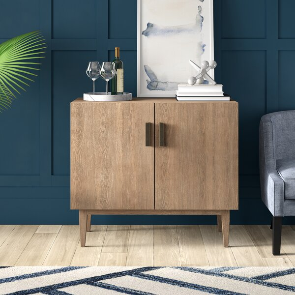 Shockey Bar Cabinet by Mercury Row