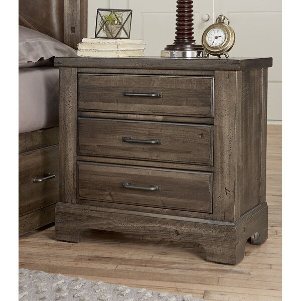 Karina 3 Drawer Nightstand by Gracie Oaks