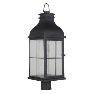 Great Price Wylie 1-Light 26.75 Post Light By Breakwater Bay