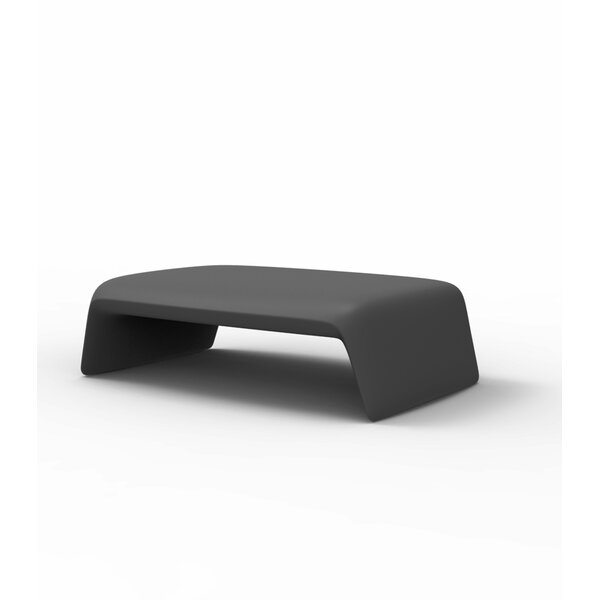 Blow Plastic/Resin Coffee Table by Vondom