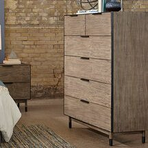 Yasmine 6 Drawer Chest by Brayden Studio