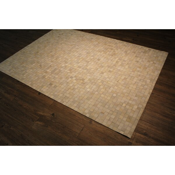 Manhasset Hand-Woven Off-White Area Rug by Gracie Oaks