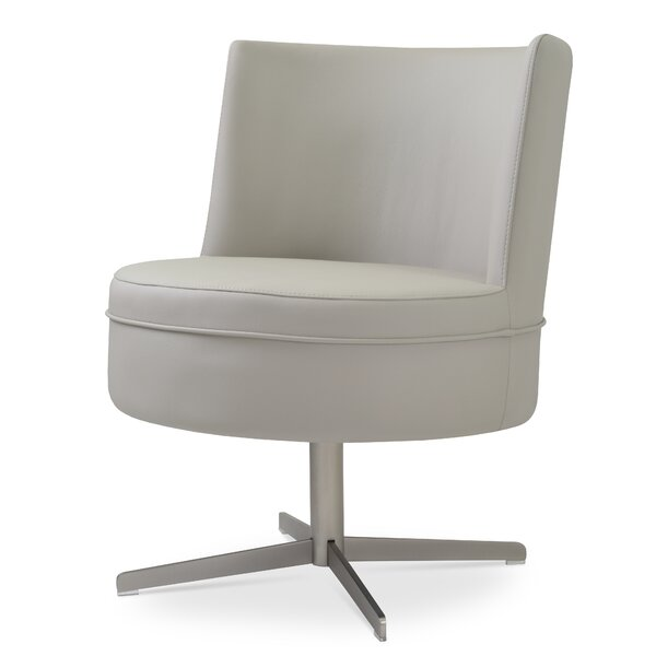 Hilton 4 Star Barrel Chair by sohoConcept