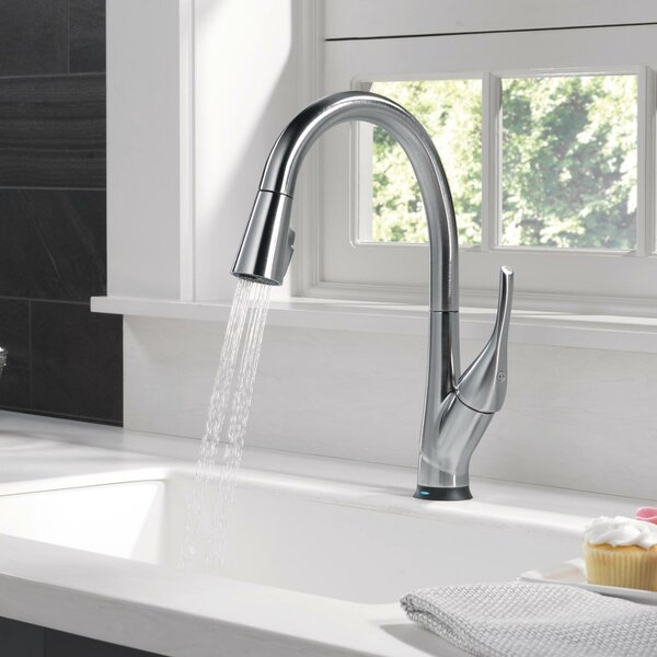 Esque Touch Single Handle Kitchen Faucet with Touch2O® Technology and MagnaTite® Docking and Diamond Seal Technology by Delta