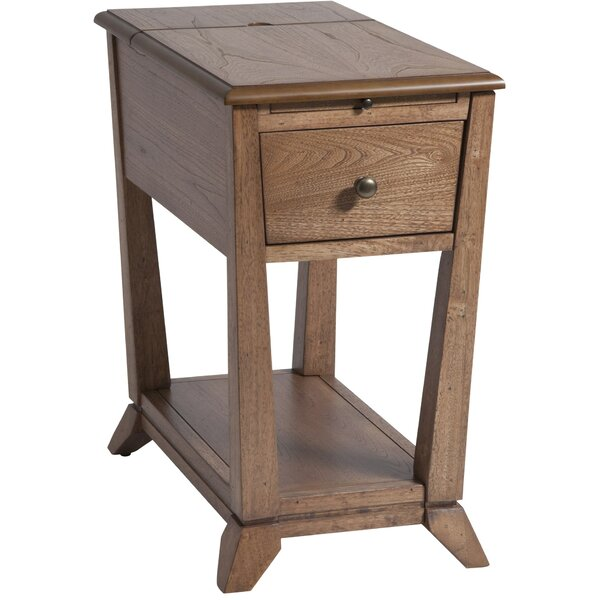 Amboyer Chairside Table in Light Brown by Darby Home Co