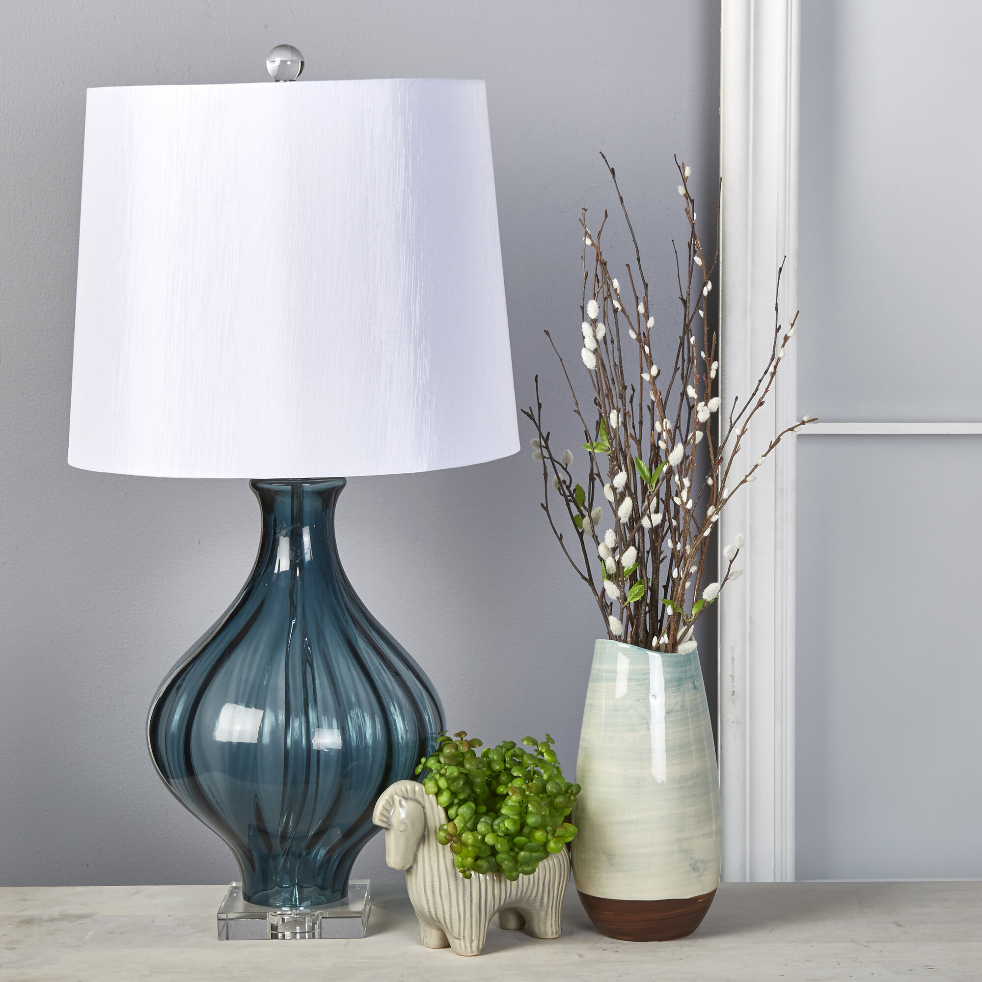 Picture of: Highland Dunes Tinley Art Glass 32 Table Lamp Wayfair
