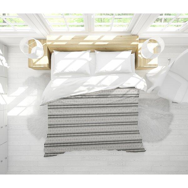 Barbosa Lightweight Comforter Set