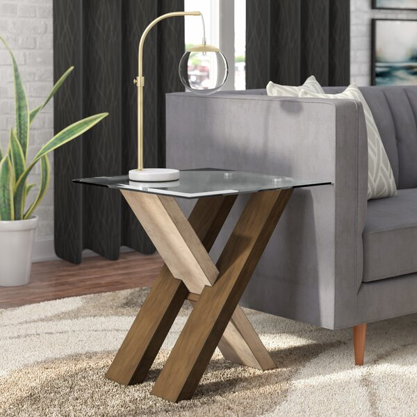 Cotaco End Table By Ivy Bronx