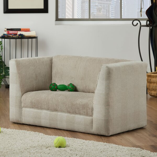 Mullings Dog Sofa by Tucker Murphy Pet