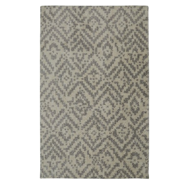 Krysta Gray/Beige Area Rug by 17 Stories