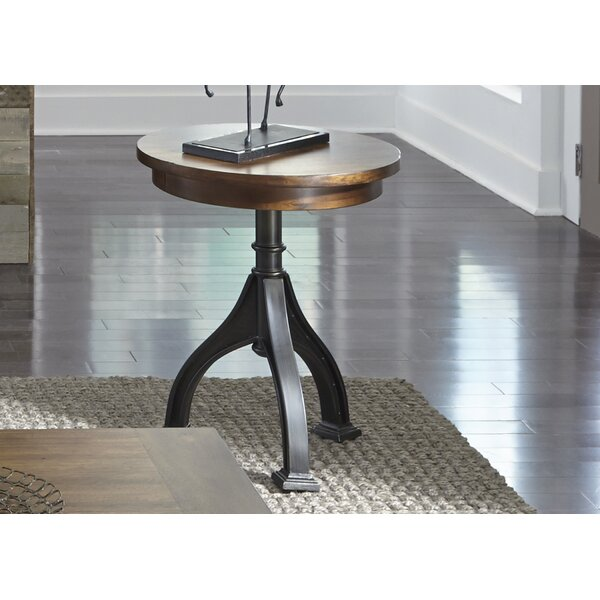 Hartford End Table by 17 Stories