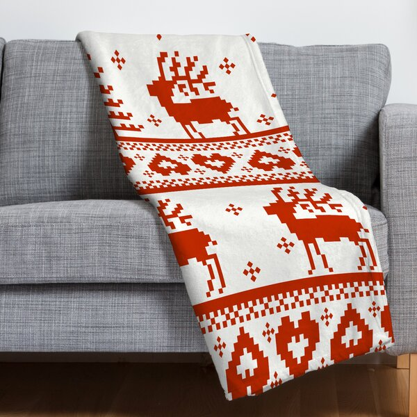 Knitting Deer Fleece Polyester Throw Blanket by East Urban Home