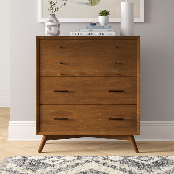 Parocela 4 Drawer Chest by Foundstone