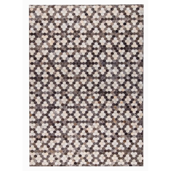 Star Hand Woven Gray/White Area Rug by M.A. Trading